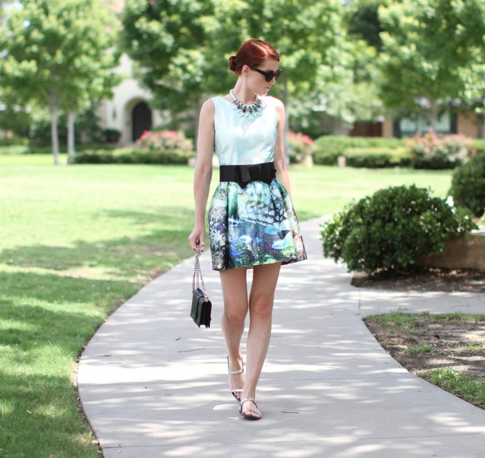 amber venz box, floral dress, black bow belt, dallas texas us blogger