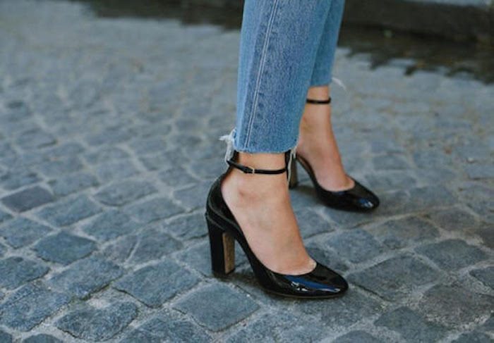venzedits Valentino Patent Leather Mary Jane Pumps