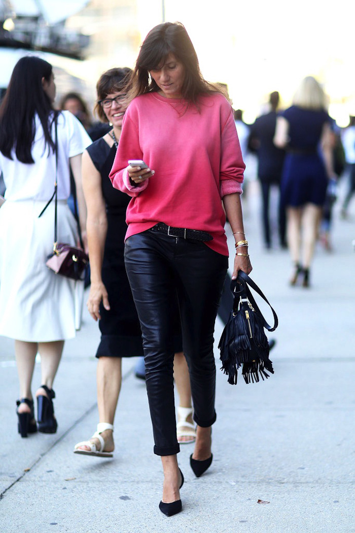 Le-Fashion-Blog-Emmanuelle-Alt-Bright-Pink-Sweatshirt-Saint-Laurent-Fringe-Bag-Dorsay-Pumps-NYFW-Street-Style-Via-Fabsugar