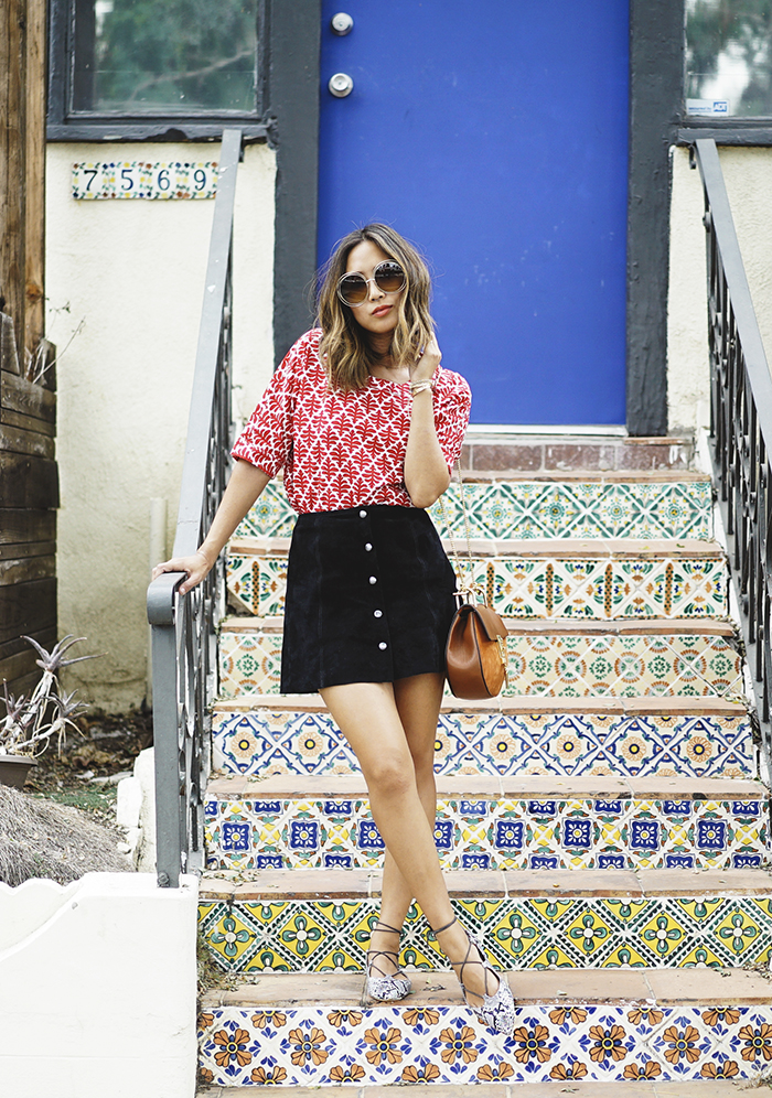 aimee_song_of_style_madewell_printed_top_topshop_button_down_suede_skirt_topshop_pointed_lace_up_flats